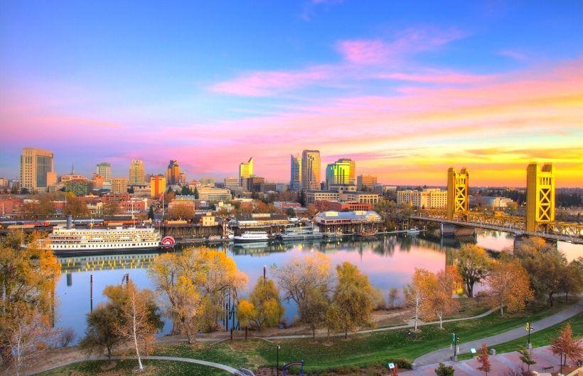 Sacramento, CA skyline