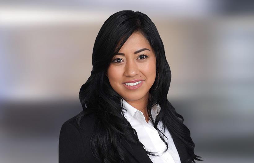 Julia Cruz